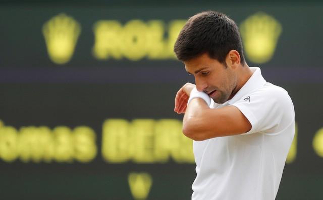 Ténis: Djokovic caiu para o quinto lugar dez anos depois