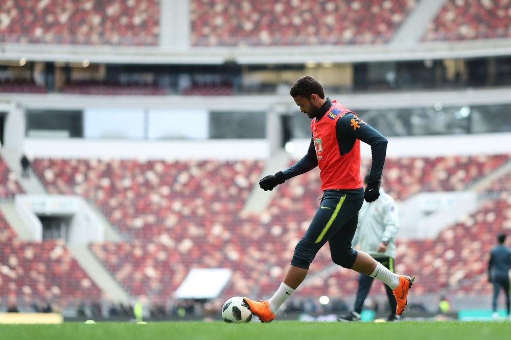 Rodrigo Caio e Willian José estão fora do amistoso contra Rússia