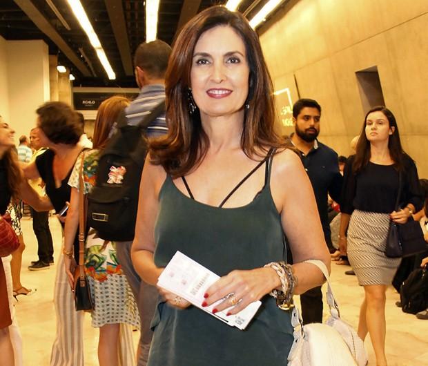 Fátima Bernardes ganha declaração de amor do namorado