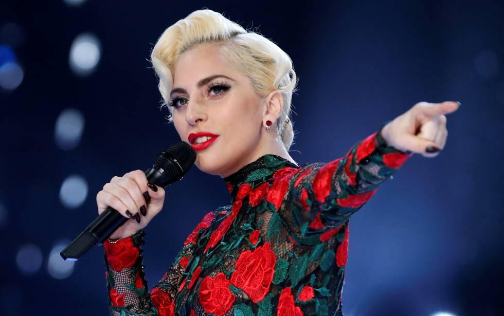 Lady Gaga interrompe show ao ver pessoa ferida na plateia