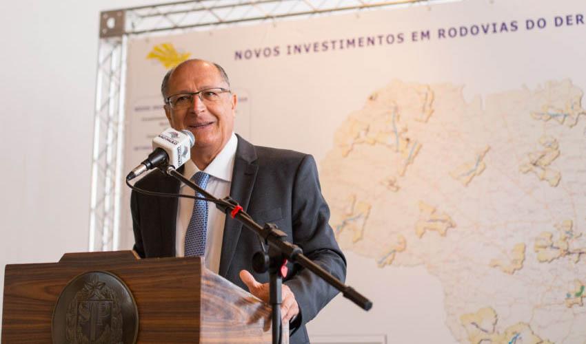 Em vídeo, Doria reafirma 'lealdade' a Alckmin — No Estadão
