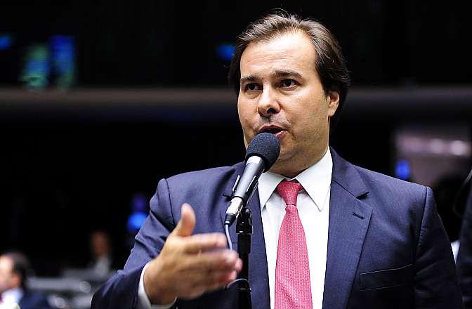 Candidato avulso, Julio Delgado questiona no STF candidatura de Rodrigo Maia