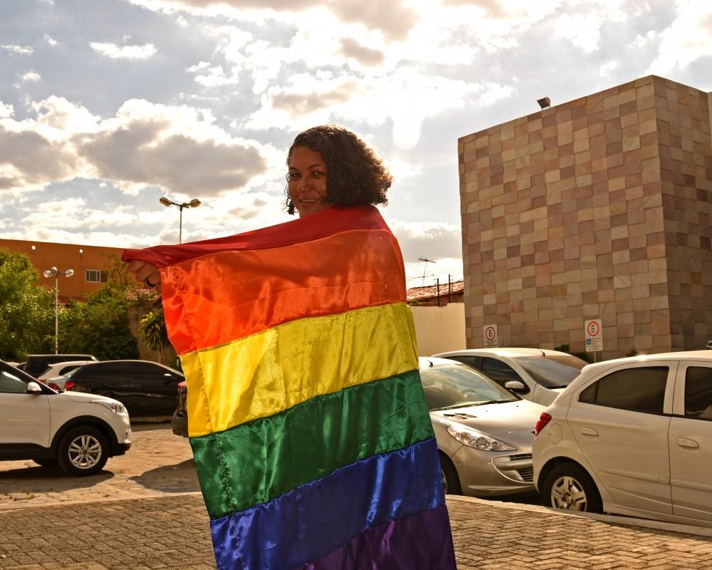 14b2be0629 Marinalva Santana foi alvo de ataques homofóbicos e ameaças nas redes  sociais. (Foto  Jailson Soares O Dia)