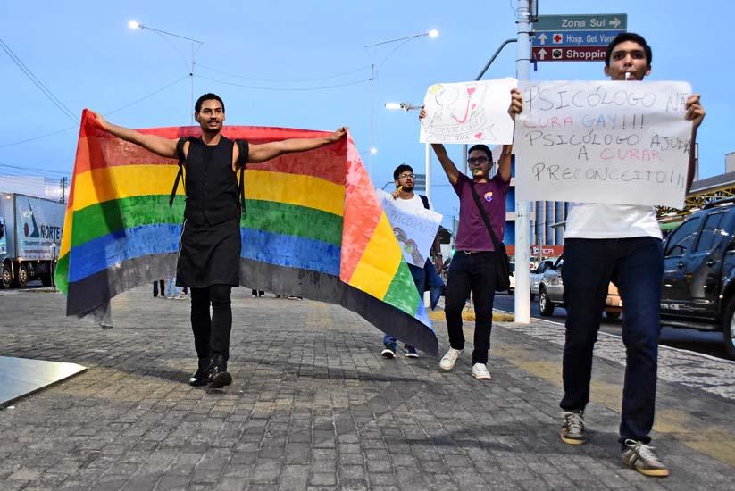 Ato contra a Cura Gay na Frei Serafim