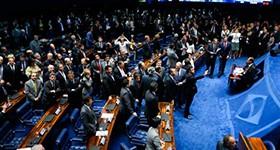 Aliados falam em virar o jogo; oposição diz não mudar votos