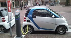 Suécia quer que União Europeia proíba carros a gasolina em 2030