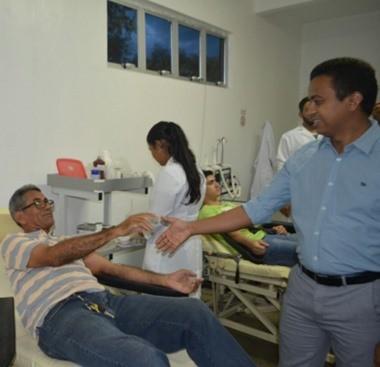 Secretário de Saúde visita Hemopi e obra da UPA