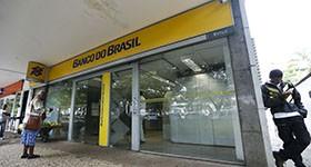 BB e Correios fazem acordo para manter serviços do Banco Postal