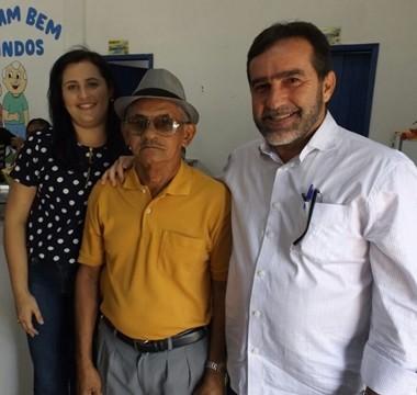 Zé Raimundo anuncia melhorias para o Clube da Melhor Idade