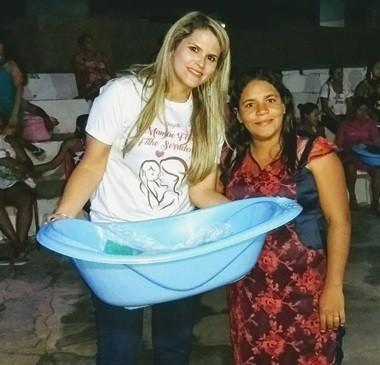 SEMASC realiza entrega de 50 kits de enxoval para mamães em União