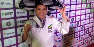 Sarah vence 3 lutas, vai à final e conquista a prata no World Masters Guadalajara 2016