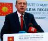 Governo da Turquia manda fechar 45 jornais e 16 emissoras de TV