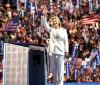 Hillary promete geração de empregos ao ser indicada candidata democrata