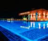 Hotel de Cristiano Ronaldo tem luxo, ambiente personalizado e vista linda