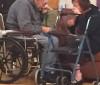 O choro do casal de idosos obrigado a viver separado após 62 anos