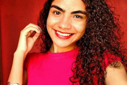 Estudante de enfermagem desaparece e família pede ajuda para localizá-la