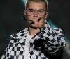 Fãs pedem a Bieber que cancele turnê após ataque em show de Ariana