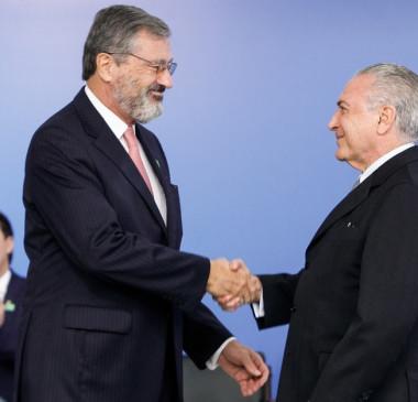 Temer troca Osmar Serraglio por Torquato Jardim na Justiça