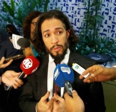 Primeira Turma do STF rejeita queixa de Frota contra Jean Wyllys