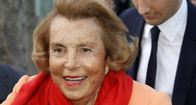 Liliane Bettencourt, herdeira da L'Oréal, morre aos 94 anos