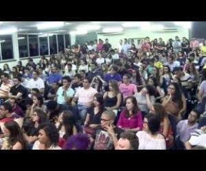 TV O Dia - Alunos da UFPI participam de debate sobre impeachment