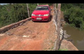 Ponte de madeira e Estrada sem asfaltamento afligem moradores de Lagoa Alegre