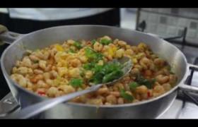 Sabor do dia: Atol de frutos de mar