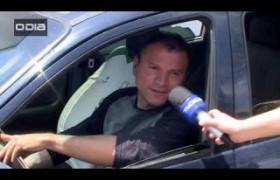 Motoristas descumprem lei e usam celular no volante