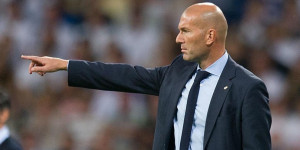 Jornal espanhol diz que Zidane está na mira do PSG para temporada