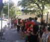 Pacientes invadem UBS por vacina de febre amarela em São Paulo