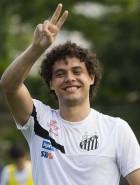 Santos retoma renovação com Victor Ferraz
