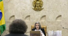 Cármen Lúcia diz que sessão foi interrompida para evitar exaustão