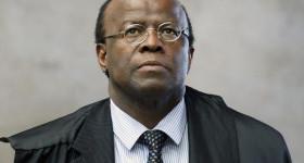 Barbosa comemora pesquisa, mas nega decisão sobre candidatura