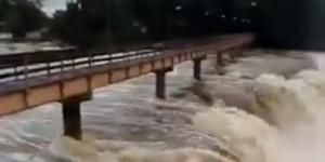 Passarela da Cachoeira do Urubu é interditada pelo Bombeiros