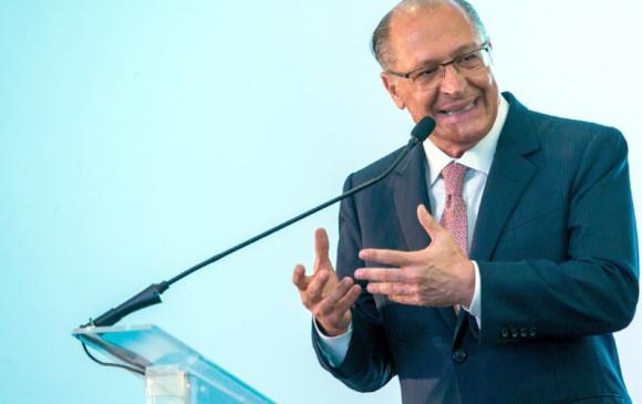 Bolsonaro não sabe ouvir crítica, então desrespeita, afirma Geraldo Alckmin