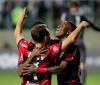 Flamengo segura pressão, vence o Atlético-MG e volta à liderança