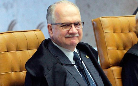 Ministro Edson Fachin autoriza visita de deputados ao ex-presidente Lula em Curitiba
