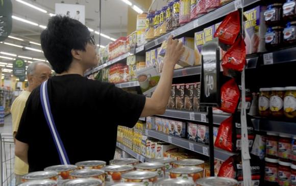 Prévia da inflação oficial fica em 0,14% em maio, diz IBGE; alimentos tiveram deflação