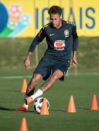 Seleção vê Neymar melhor que o esperado