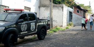 Adolescente baleado na cabeça no Parque Brasil está em estado grave no HUT