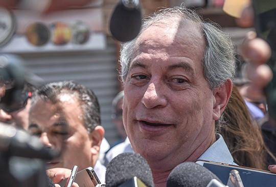 Em visita ao PI, Ciro Gomes diz ter gratidão a Lula e que estará no segundo turno