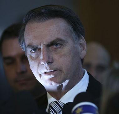 Bolsonaro reconhece dificuldade para aprovar Previdência este ano