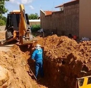 Agespisa executa 50% da obra de esgotamento sanitário