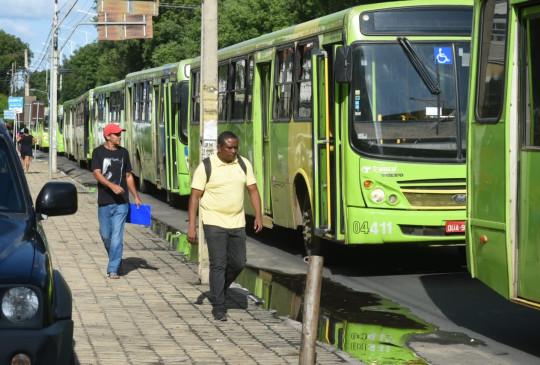 Após seis dias, Justiça determina suspensão da greve dos motoristas de ônibus em THE