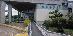 Docentes da Uespi iniciam greve por tempo indeterminado em todos os Campi