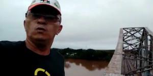 Comando abre sindicância após bombeiro escalar estrutura da Ponte Metálica