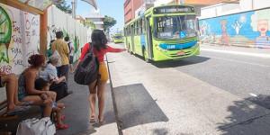 97% das mulheres afirmam terem sofrido assédio em meios de transporte