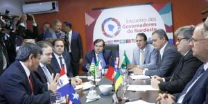 Fórum de Governadores cobra reinclusão de estados e municípios em reforma