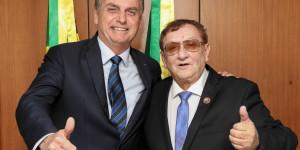 Mão Santa se reúne com Bolsonaro e o convida para o aniversário de Parnaíba