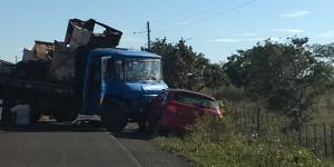 Colisão entre carro e caminhão deixa vitima em Cabeceiras do Piauí